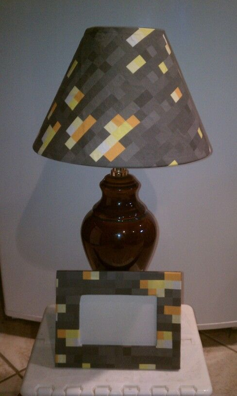 Minecraft Lamp And Picture Frame
