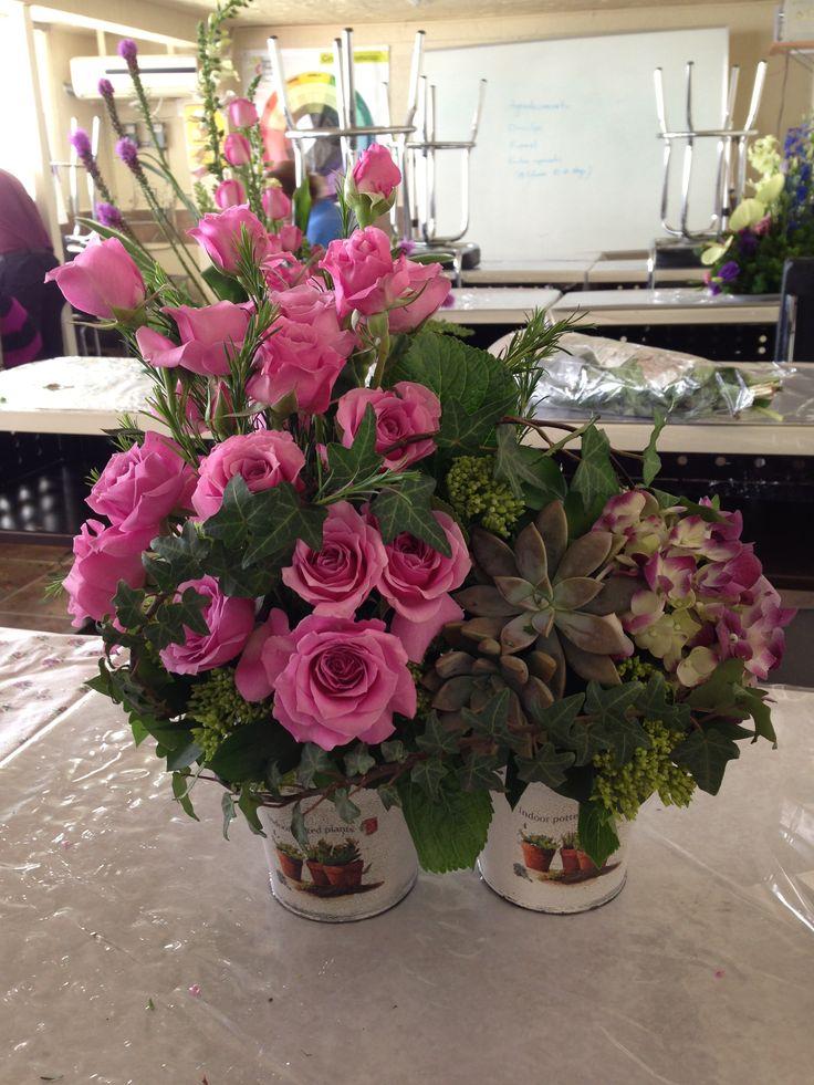 rosas ,suculentas y hortensia