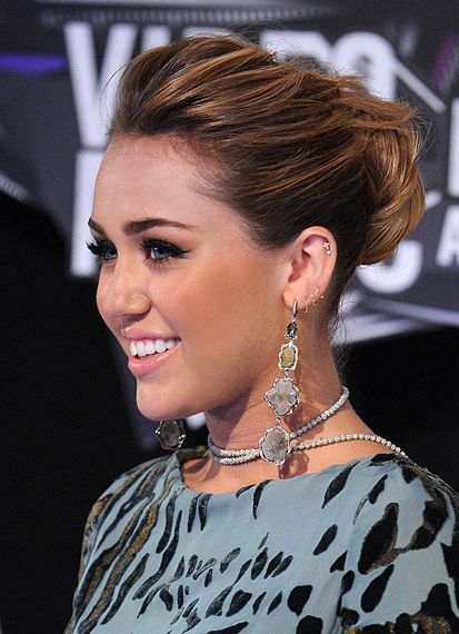 25+ best ideas about Miley cyrus vma on Pinterest | Miley ...