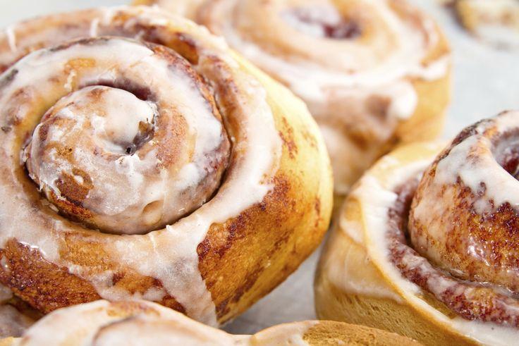 Para nadie es un secreto que el pan casero tiene la particularidad de ser rico, mantenerse más fresco y delicioso. Lo que todos han de saber es que los panes hechos en casa, llevan un proceso más cuidadoso de elaboración y por tanto un resultado final mucho más prolijo.También es importante que los ingredientes t