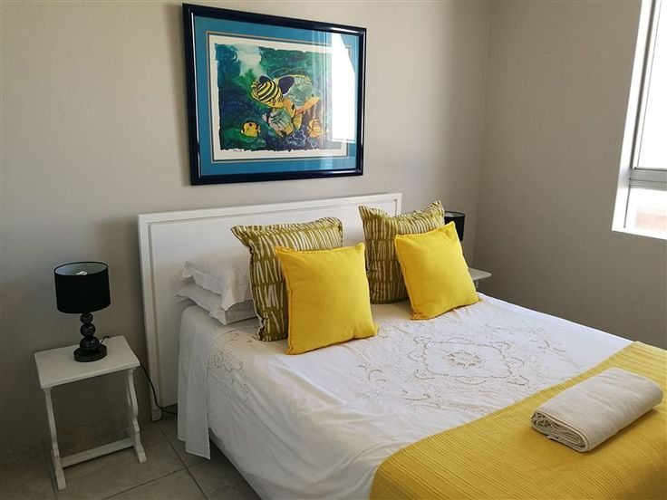 204 Ipanema Beach - 204 Ipanema Beach is a comfortable apartment that lies just metres from the sandy beaches of the Kwa Zulu-Natal coast in Umhlanga Rocks.The unit can sleep a maximum of six people and no pets are allowed. ... #weekendgetaways #durban #dolphincoast #southafrica