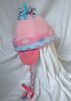 ikat bag: fleece hats tutorial and pattern. Lots of cute variations (free)