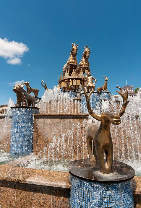 Fountain, Davit Aghmashenebelis Square, Kutaisi, Georgia - designed by David Gogichaishvili with copies of archaeological statues found at Kolkhida | Petr Svarc Images