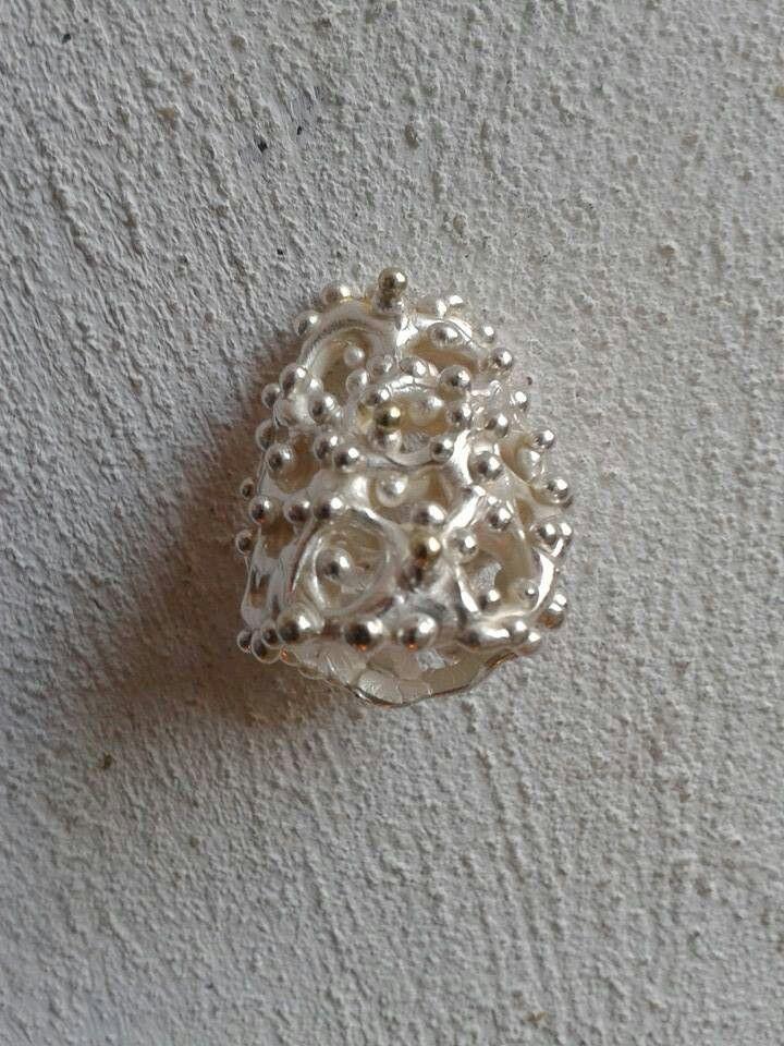 Zilvere ring met een hartje van goud! !!! By tilltil www.sierraadsels.nl