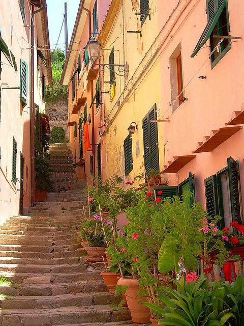 Picturesque streets of Porto Azzurro, Elba Island, Italy (by cannuccia).