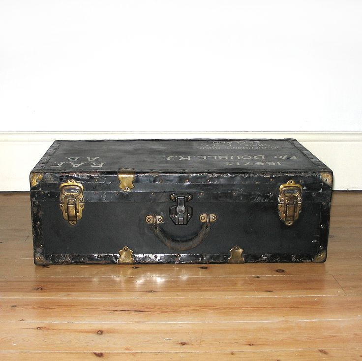 17 best images about vintage luggage cases suitcases for Coffee tables gumtree london