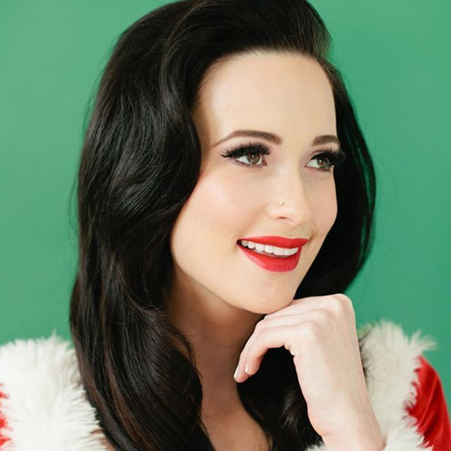 T O N I G H T // Kacey Musgraves at the Ryman! 💒🎄🎁🎅🏻Tickets available at the box office.  Doors 6:30p / Sugar + the Hi-Lo's 7:30p / Kacey 8:30p Café Lula will be open for pre-show dinner + drinks / Valet parking will be available!