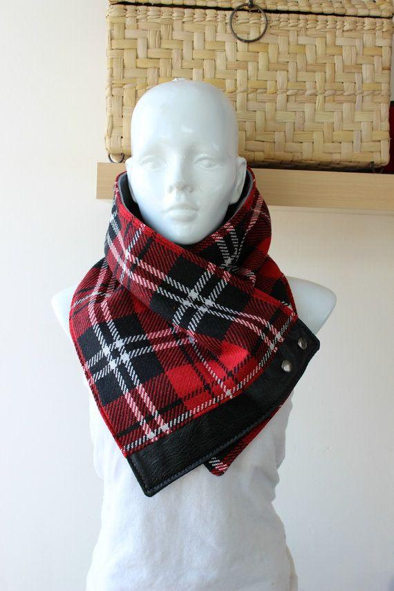 Unisex+cowl+Blanket+scarf.+Plaid+cotton+blend+in+от+CheriDemeter