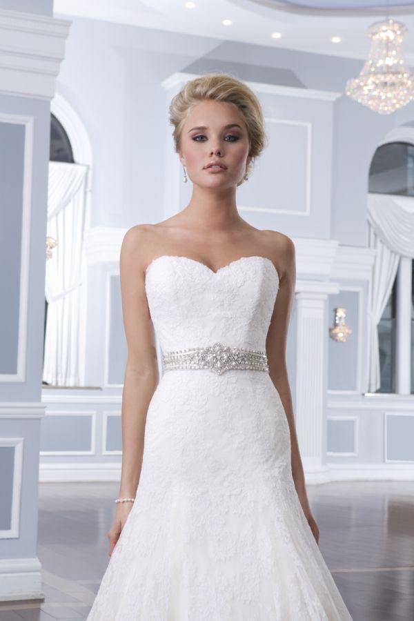 32 best Lillian West images on Pinterest   Hochzeitskleider ...