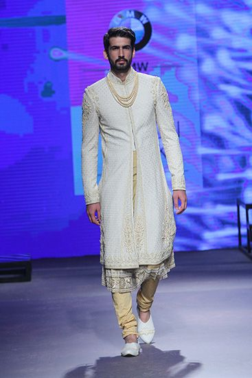 Tarun Tahiliani | BMW India Bridal Fashion Week 2015 #PM #Indiancouture