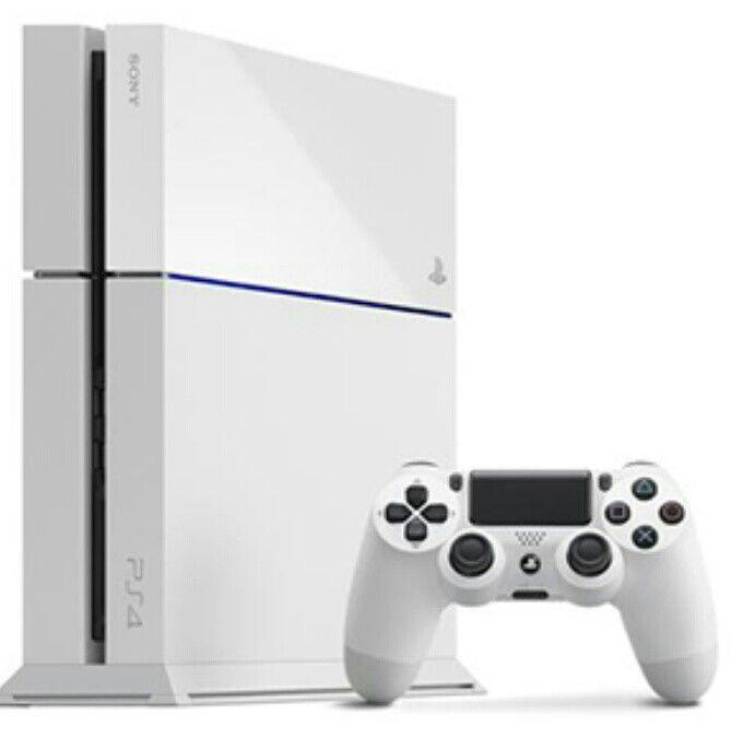 Glacier White PS4™ Destiny Bundle  Get your hands on this Limited Edition Glacier White PS4™ Destiny Bundle, including one month's free PlayStation®Plus trial.