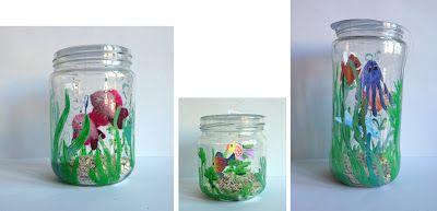 trawy i bąbelki namalować farbami witrażowymi, do środka piasek i  rybki wiszące…