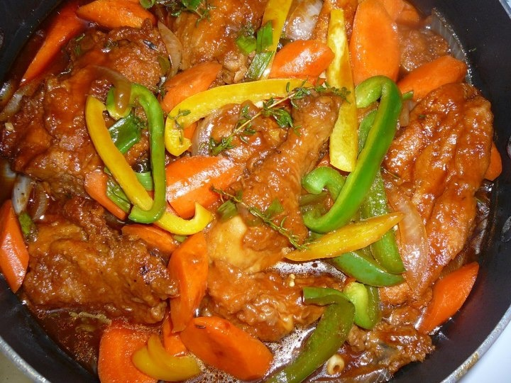 Brown Stewed Chicken w/bell peppers