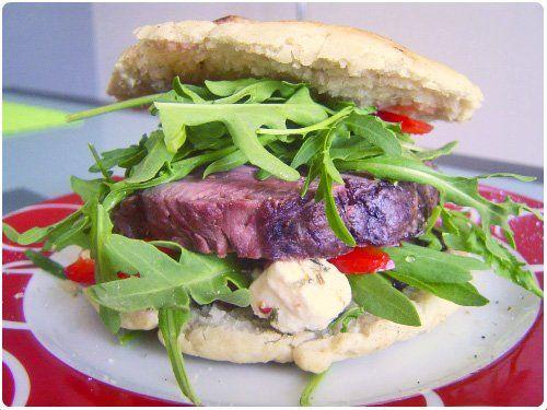 Sandwich de rôti de boeuf à l'italienne