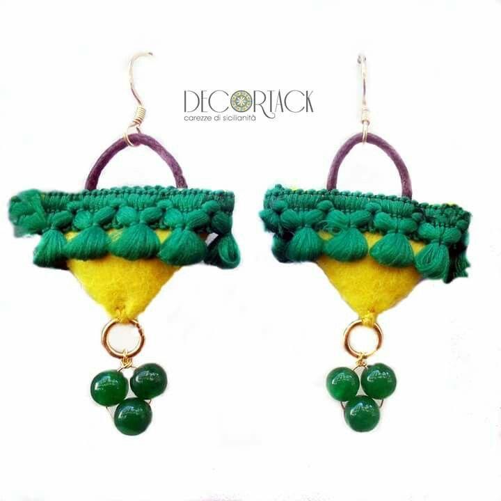 #CarezzediSicilianità #Orecchini #Decortack in #argento925 bagnato oro collezione mini #coffesiciliane Colori: giallo, verde, arancione, nero, blu. Compra ora. Contatti: info@decortack.it-3294198247 #Accessorimoda #fashion #modadonna #MadeinSicily