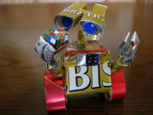 WALL-E sculpture. #Upcycle This! 21 Things Made from Soda Cans #disney #pixar #art