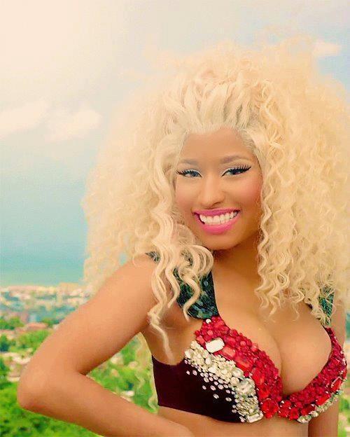 Nicki cute smile