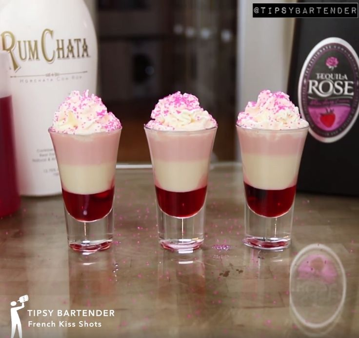 French Kiss Shot - For more delicious recipes and drinks, visit us here: www.tipsybartender.com