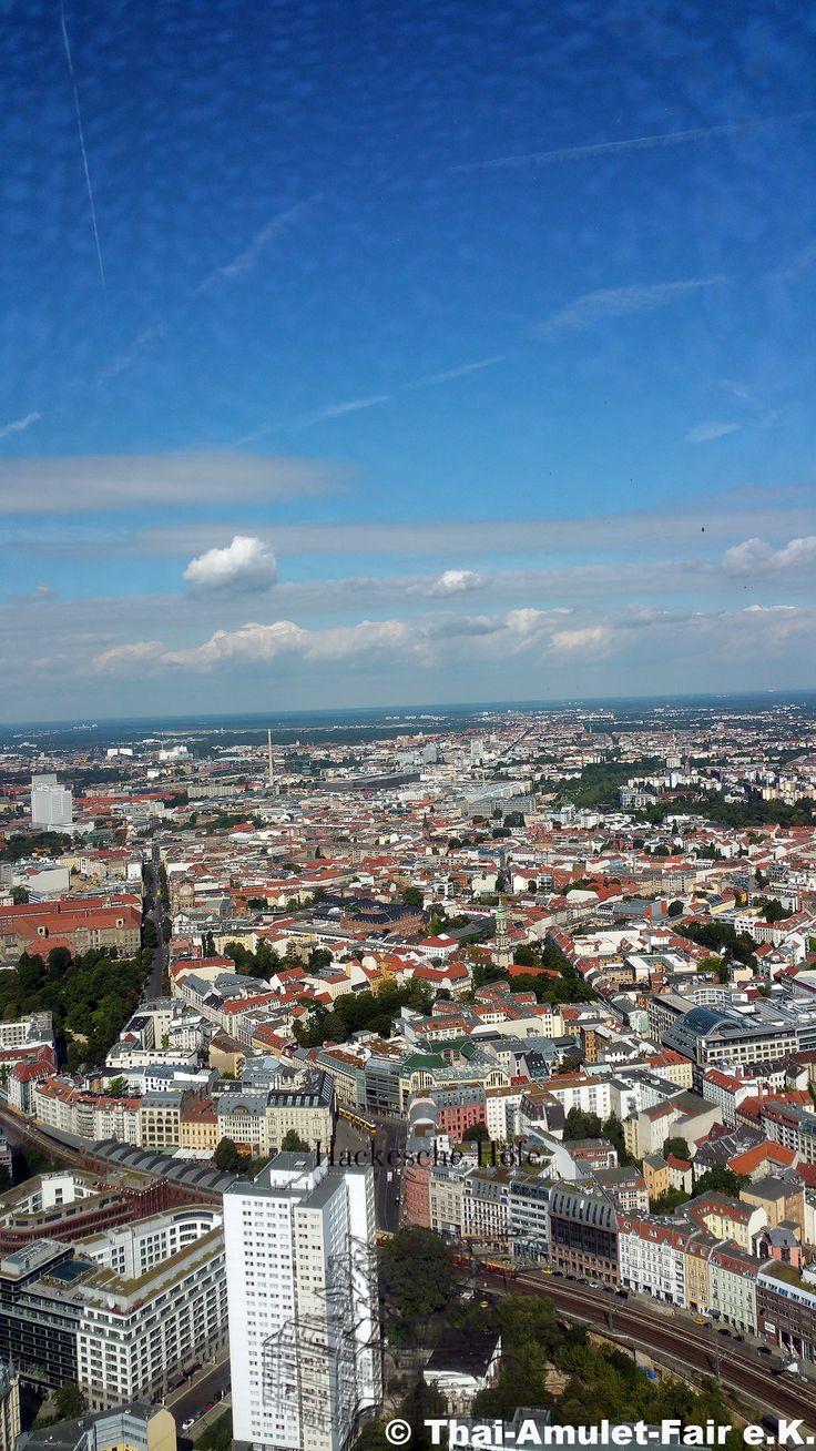 Berlin aus 203 Metern Höhe vom Fernsehturm aus gesehen #Berlin #Fersehturm #TV #Tower #Brandenburg #Deutschland