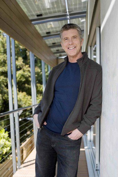 Tom Bergeron learns details, some painful, of his family tree