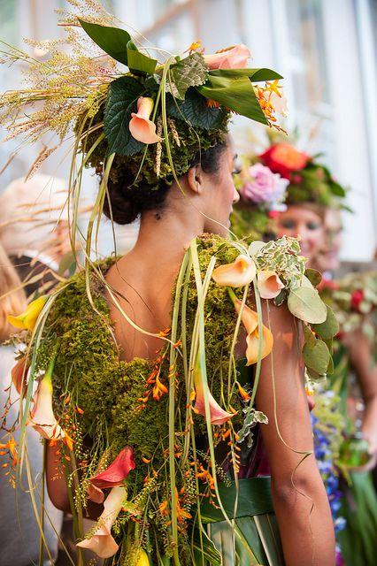 Visitor Center botanical model (dress by Nicole Dextras), Photography by Sllk Studio