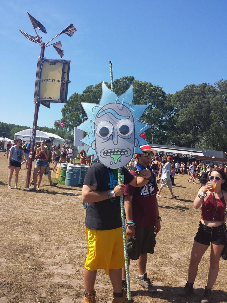Have you started your totem pole for Summer Set Music & Camping Festival 2017?