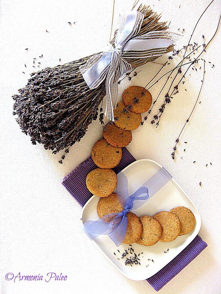 Biscuits aux Fleurs de Lavande - Biscotti ai Fiori di Lavanda