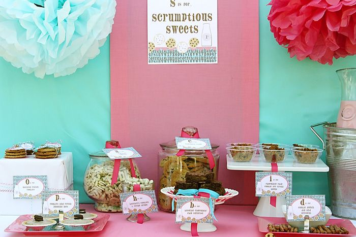 Smart Little Cookies & Milk Bar end of the school year party.: Cookies Bar, Years Party, Cookies Party, 1St Birthday, Party Idea, Milk And Cookies, Milk Bar, Schools Years, Birthday Party