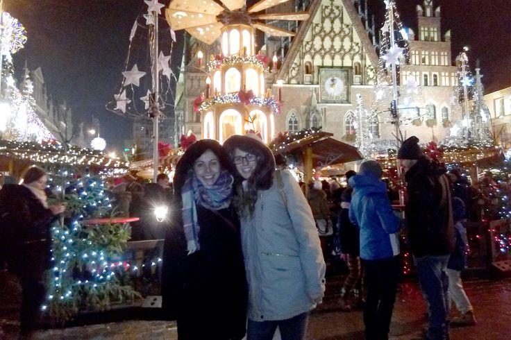 """""""El tiempo vivido como #Erasmus te hace madurar"""". Lourdes Úbeda y Laura Borrás, ambas estudiantes de tercer curso de #Magisterio en Educación primaria, envían esta foto desde su estancia #internacional en Breslavia (#Polonia). #AlumnosUCV #FuturoUCV #UCVporelmundo"""