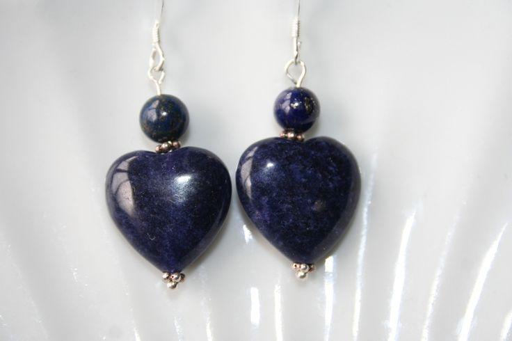 Lapis Lazuli hartjes met sterling zilveren oorhaken -