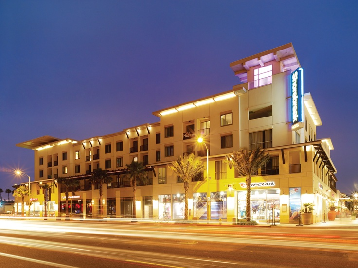Sbreak Hotel And Its Zimzala Restaurant Have Quickly Become A Huntington Beach Hot Spot Ca Pacific Coast Highway