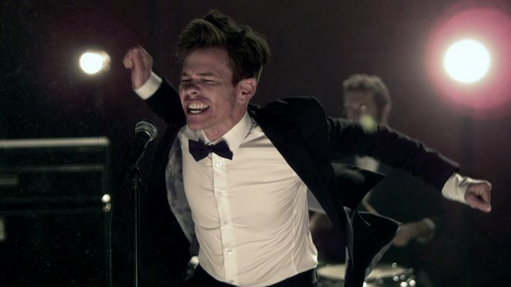 Fun.: We Are Young ft. Janelle Monáe [OFFICIAL VIDEO] (+playlist) I love this song