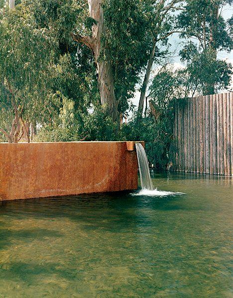 Luis Barragán   Las Arboledas - Plaza and Fountain of the Trough (1958-61)