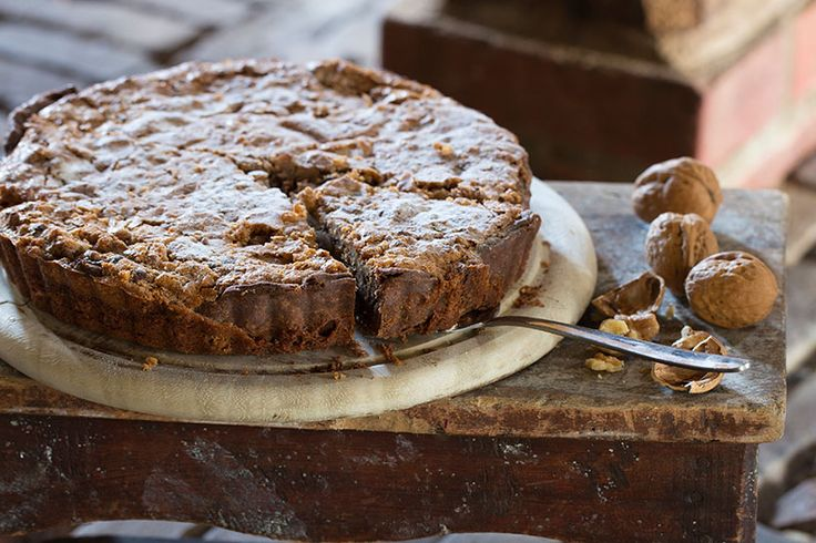 Recipe for walnut tart. This is a 'must try'!