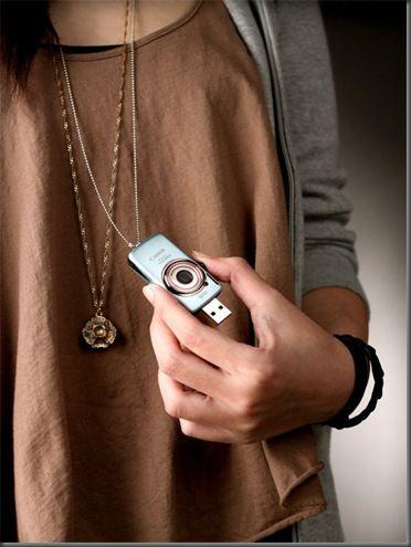 Hasta los iphone pasaron de moda con este aparatito.