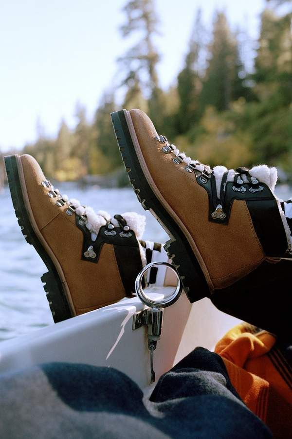 Urban Outfitters UO Bailey Sherpa Hiker