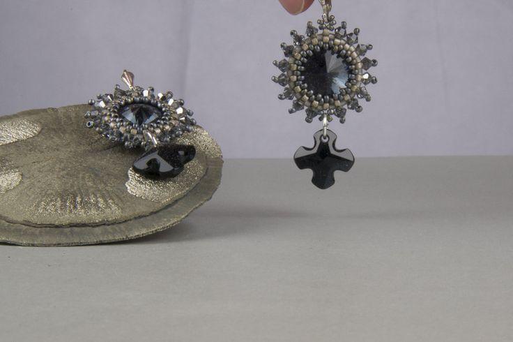Ohrringe - Ohrringe grau kreuz - ein Designerstück von kreativrausch-kiel bei DaWanda