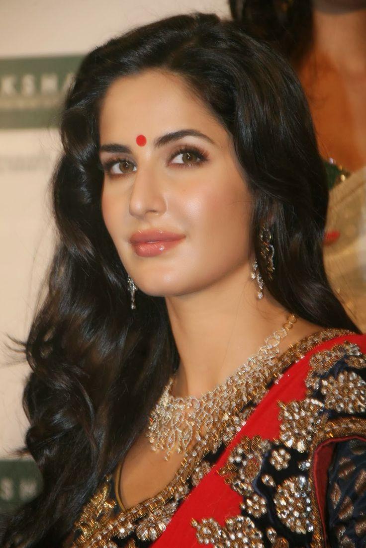 Ranbir kapoor on jagga jasoos i katrina kaif anurag basu have worked very hard on it the indian express - Hot Looking Face Photos Of Katrina Kaif In Red Saree
