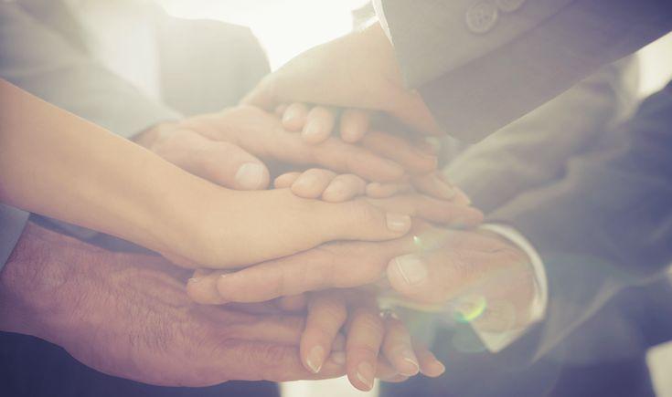 7 idées pour développer les capacités de vos employés à vivre et travailler ensemble | Le team building est une méthode qui vise à souder ses équipes.