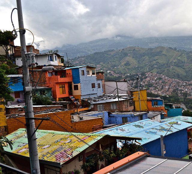 Taking a Speciality Tour - Comuna 13 Medellin - A Must Do http://travelexperta.com/2014/11/comuna-13-medellin.html #medellin #colombia