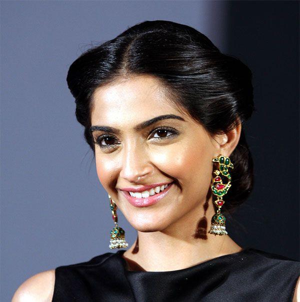 Sonam Kapoor-Beautiful Hairstyle