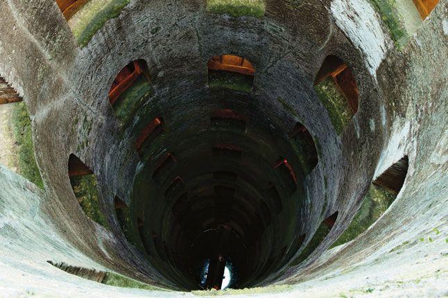 Pozzo di San Patrizio, the well designed in 1527 by Antonio da Sangallo
