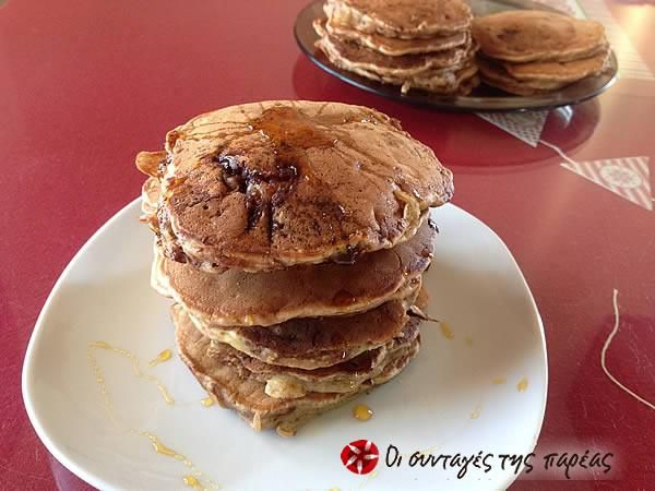 Pancakes με βρώμη, μπανάνα και πραλίνα #sintagespareas