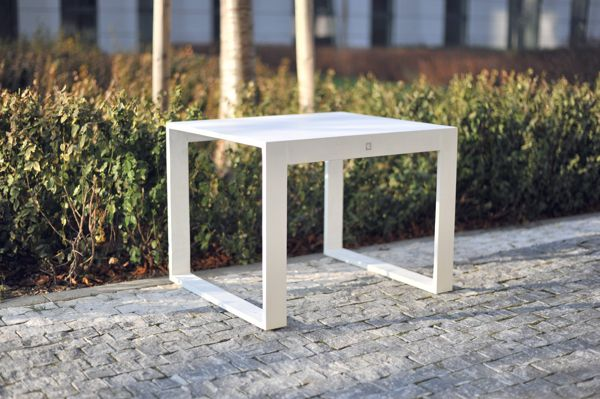 FRAME   Concrete benches of clean and calm shaped silhouettes are seen in all types of public environments such as train stations, airports, bus terminals, and also in busy town squares or streets.     designed for gravelli.com by Tomas Vacek