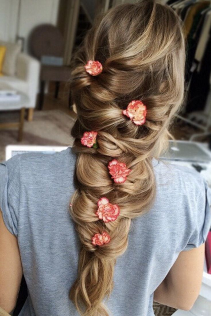 Gorgeous Bow Braid With Flowers On The Beautiful Zane Zane Is Wearing Her  Dirty Blonde