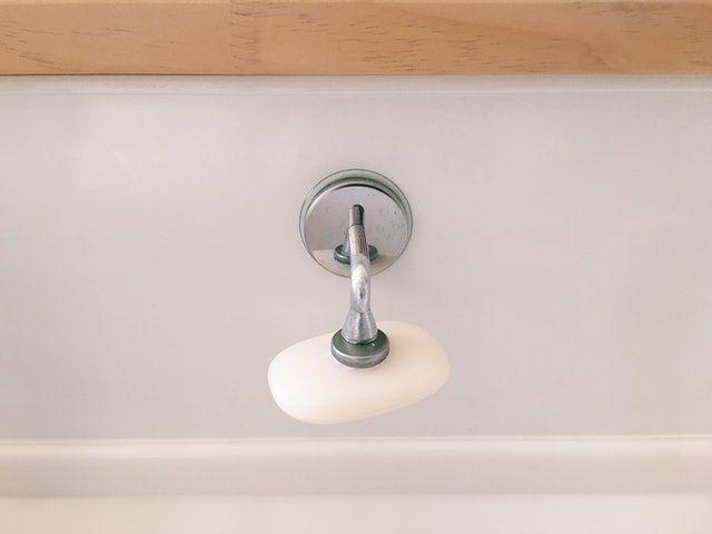 シンク周りをすっきり保つ ミニマルなキッチン用品8選 インスタ