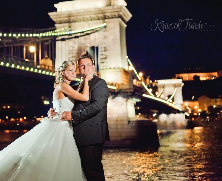 Éjszakai esküvői fotózás.