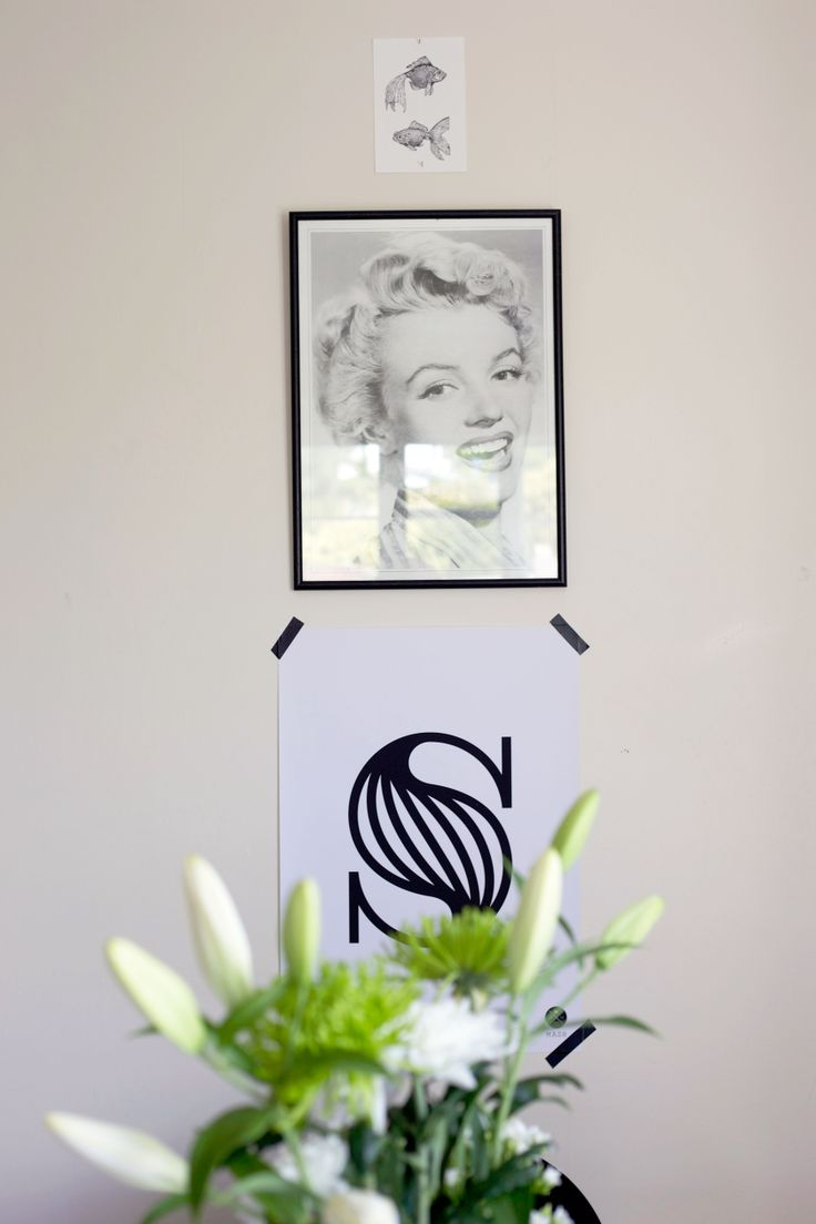#Marilynmunroe #artprints @endemicworld #whitelillies. Styling by placesandgraces