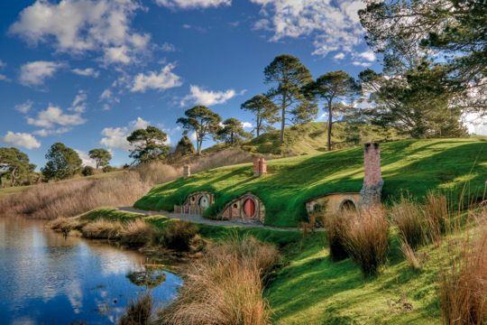 """""""Bilbo le Hobbit"""" sort le 12 décembre 2012 ! Après """"Le Seigneur des Anneaux"""", le réalisateur Peter Jackson rend une fois de plus hommage à la Nouvelle-Zélande. Visitez les lieux qui ont servi de décor."""