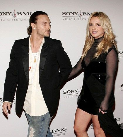 Who is Britney Spears husband? See some pictures.